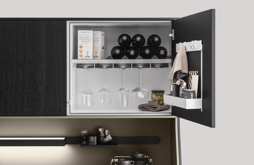 SieMatic 29 freestanding kitchen furniture with MultiMatic interior organisation
